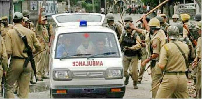 Security Forces, Protestors Damaged Over 100 Ambulances in Kashmir |  SabrangIndia